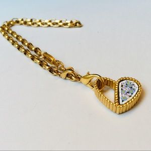 Guess gold tone heart pendant necklace